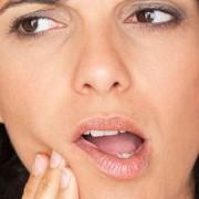 impianto-dentale-dolore-dopo-intervento